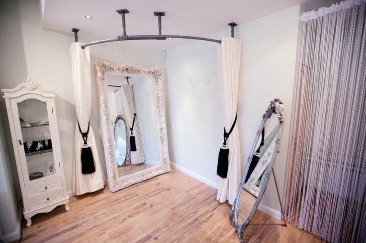fitting room lighting