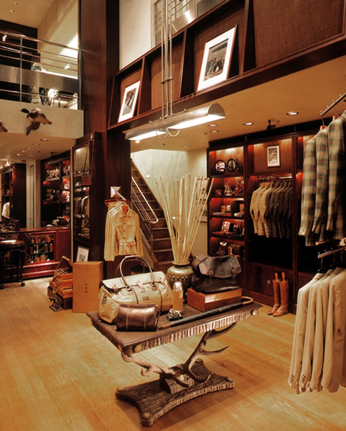 Retail Store Interior Design - Accessories Section - Beretta NY