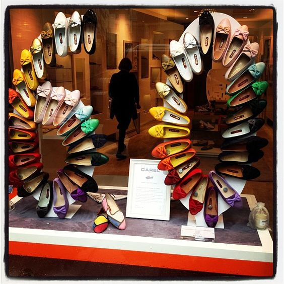 Visual Merchandising & Window Display Ideas From France