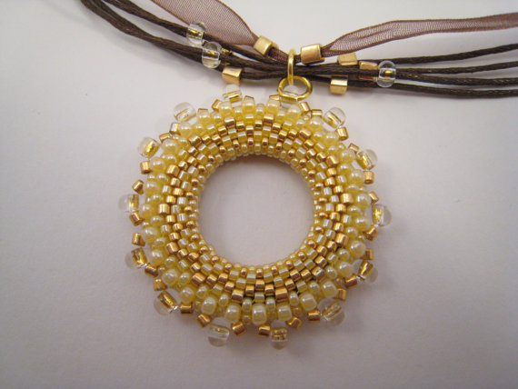 yellow-necklace