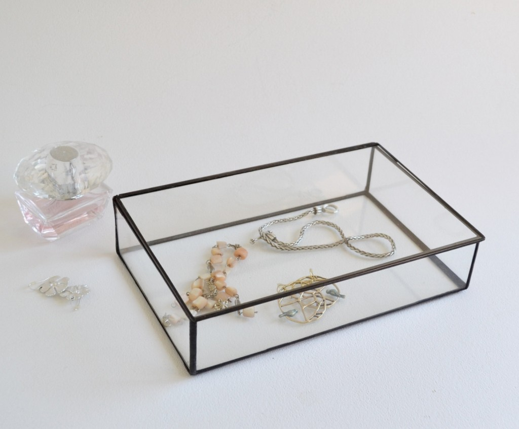 Acrylic Jewelry Display Case