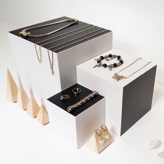 Minimal Black & White Square Jewelry Display Stands / Boxes