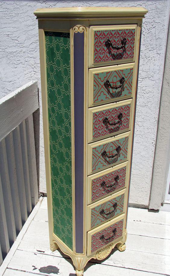Creative jewelry armoire