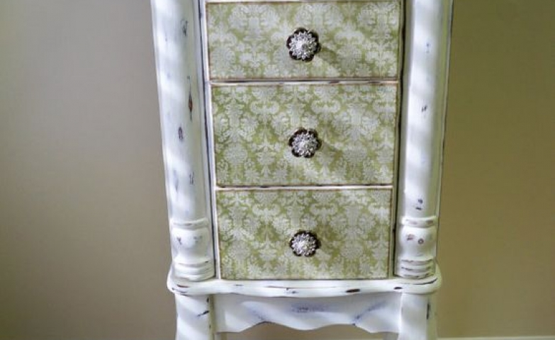 White vintage floor standing jewelry armoire