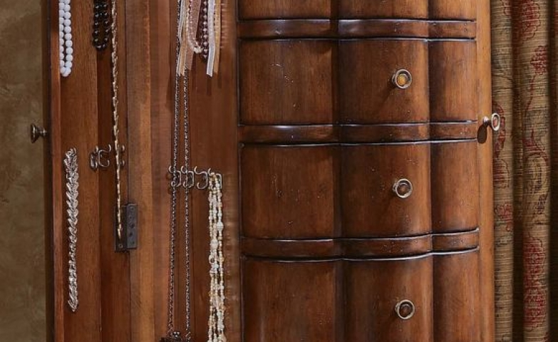 Shell shaped jewelry armoire