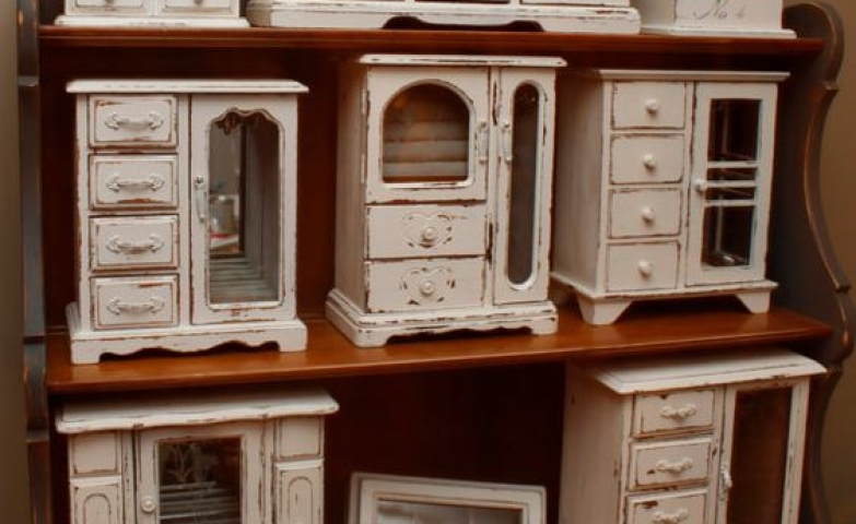 White dresser top jewelry armoires