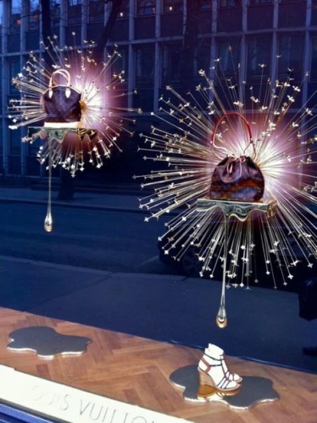 Amazing Louis Vuitton spring window display