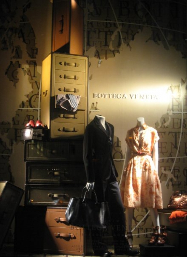 Bottega veneta traveler spring window display