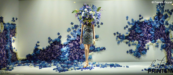 Printemps blue and purple spring window display