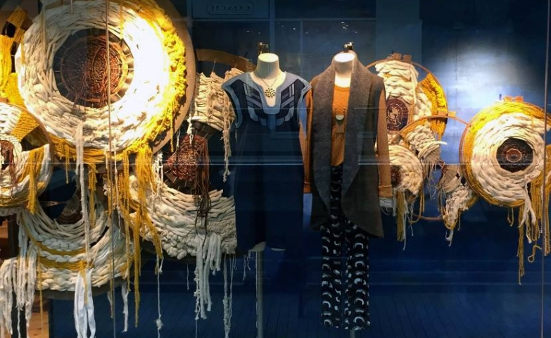 100 Creative Spring Window Display Ideas Designs Zen