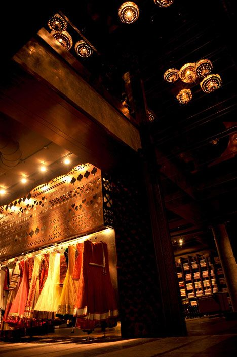 Beautiful bridal store with Oriental theme, the Ashya Bridal Wear in Chandigarh.