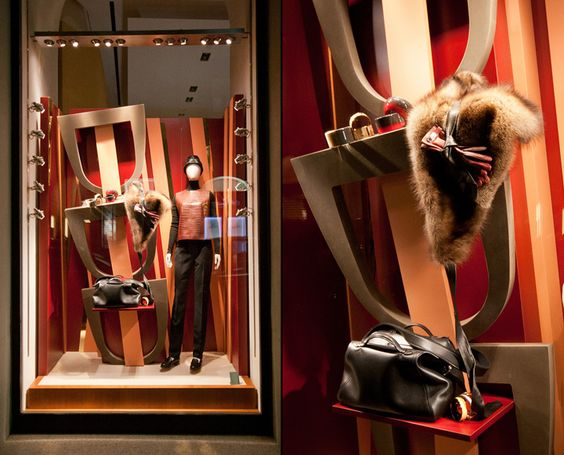 Close-up and full image of the display window created for the Fall of 2014 for Hermes in Milan, Italy.