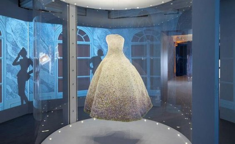 Dior took visual merchandising to a whole new level with this suspended dress in a glass cylinder display in London.
