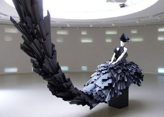 Incredible visual merchandising design representing a black dress seen in Barcelona.