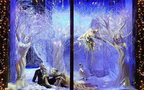 Fantasy white winter decor for a visual merchandising display seen in Barcelona.