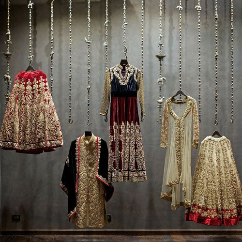 Go back in time and get inspired from this window display from SHYAMAL & BHUMIKA.
