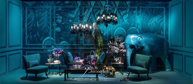 """Baccarat spectacular and breathtaking """"Vitrines du printemps Haussmann"""" look far from reality."""