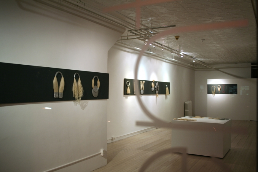 An interesting exhibition of Agnes Larsson that presents necklaces and hair jewelry.