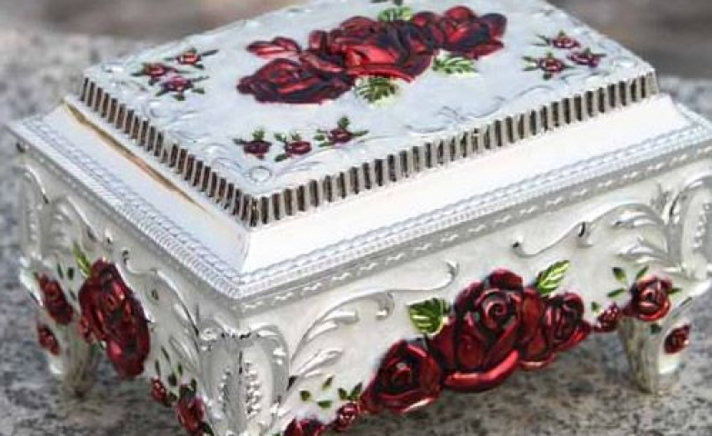 Jewelry boxes for women and girls, wedding themed antique white silver box with red rosette.