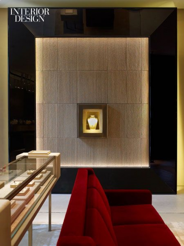Fine design is the choice for all luxury brands, just like the interior design of this beautiful jewelry store.