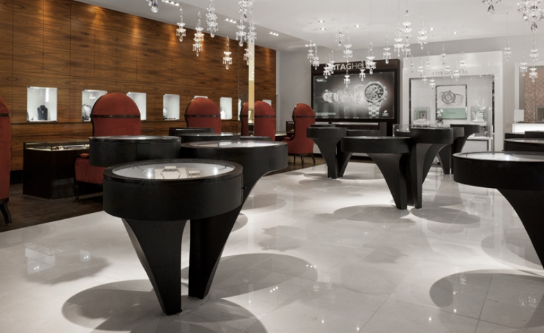 Berani Jewelry displays  modern and elegant design for a jewelry store .