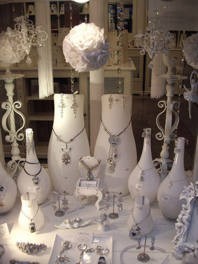 Fantasy Inspired Jewelry Display Using Vintage All White Props By Nikkilooch