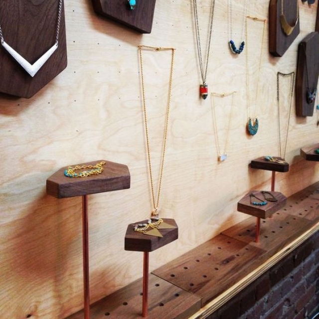 Yet another simple but attractive jewelry display idea with geometric wooden shapes.
