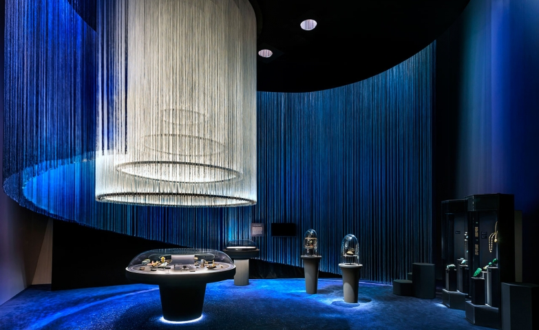 "Image of the setting and ambient created & designed for the exhibition of Van Cleef & Arpels and The French National Museum of Natural History. The exhibit was called ""The art and science of gems"" and was shown at the Art Science Museum in Singapore."