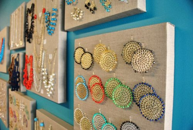 Another very simple yet creative jewelry storage solution for various pieces.