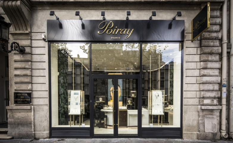 Simple yet elegant store front idea from the jewelry store Poiray in Paris.