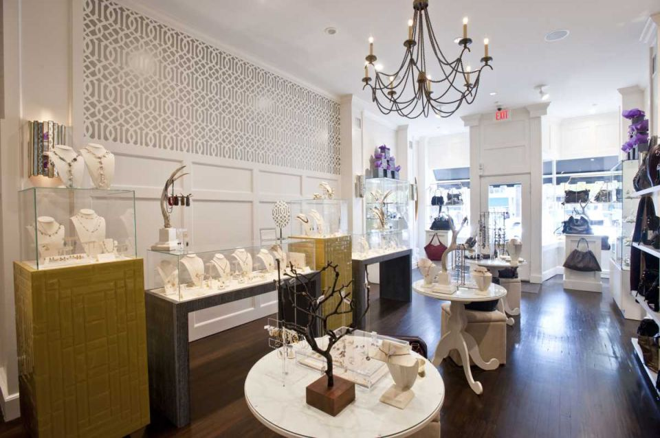 The owner of this small glamorous jewelry shop is Joseph Maio and we must admit it is a shop with a lot of personality.