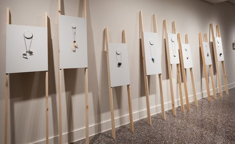 This minimalist jewelry display is a really one of a kind setting for exhibitions, displays or visual merchandising.