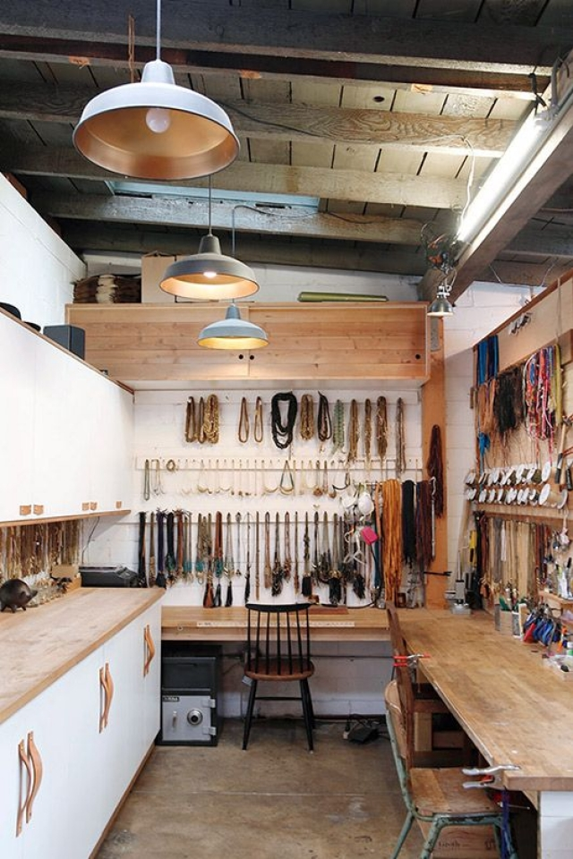 Take a peek inside Marisa Mason's darling jewelry work studio. Looks really cozy to work in.