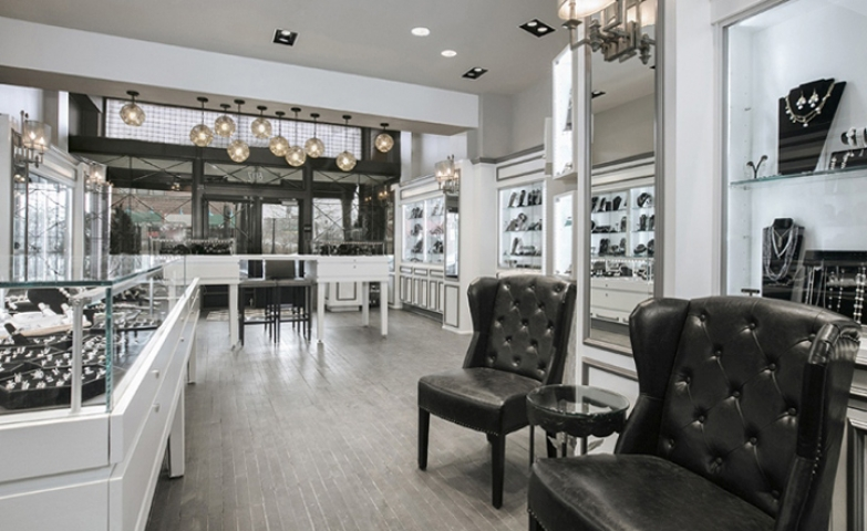 Star Jewelers Store with fine luxury design by Nvironment, in Columbus, Ohio.