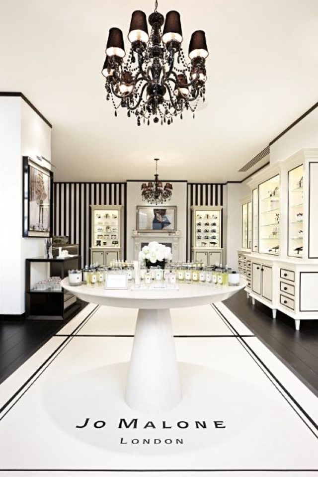 It looks almost too good to be true, the stunning entrance into the Jo Malone store in London.