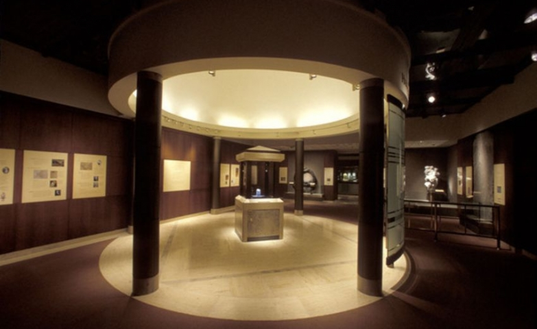 The exhibition room where The Hope Diamond was put on display, seen in the new Harry Winston Gallery at the National Museum of Natural History.