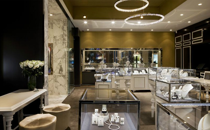 Elegance and femininity are the best words one can use to describe Trewarne Fine jewelry store by MIM Design Chadstone.