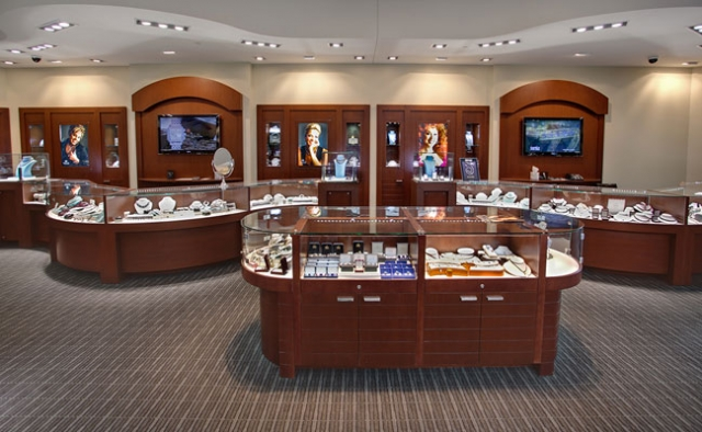 A more classic design idea for interior setting and merchandise display from Trice jewelry store.