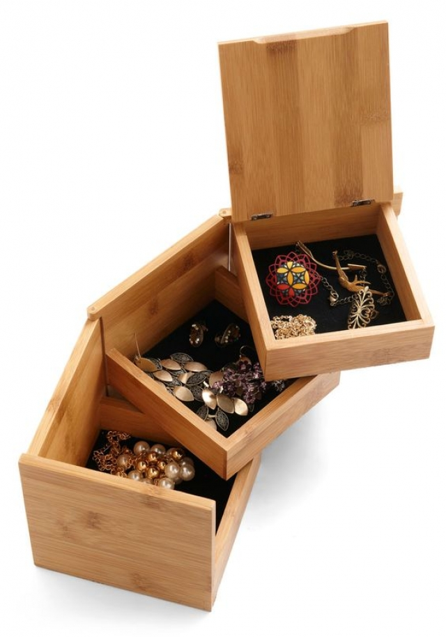 Store jewelry box made of wood with three layer boxes for keeping your jewels.