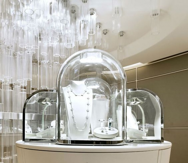 Van Cleef & Arpels have a very unique style and you can see that in their every display and store. This flagship store design was made by Jouin Manku.