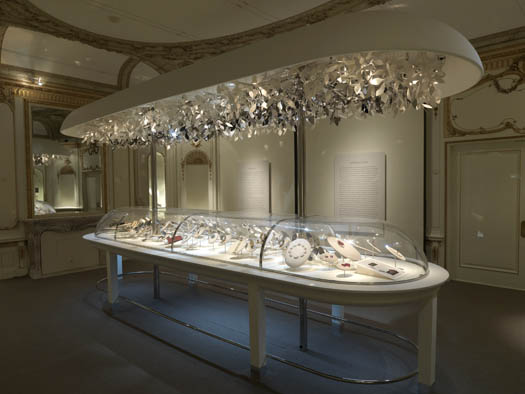 Jewelry room with vintage decoration and details, yet a very modern display was created to expose the jewelry.