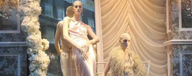 Visual Merchandising Examples & Window Display Ideas From Britain | UK