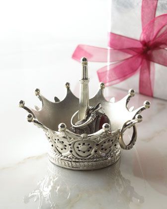 Metal crown ring holder, for jewelry display and jewelry holder. So nice for keeping rings.