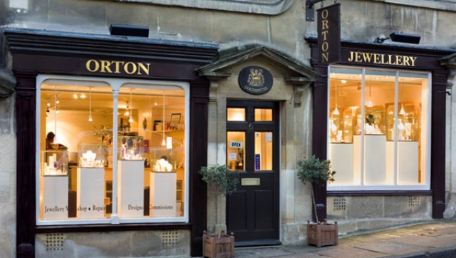 The Orton Jewellery Shop looks very cozy and inviting from the outside, despite of the vivid black and gold front.