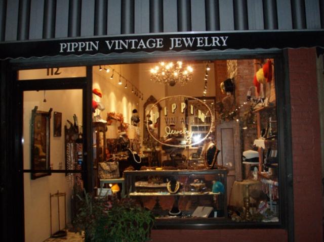 Front Elevation Antiques : Creative jewelry storefront designs zen merchandiser