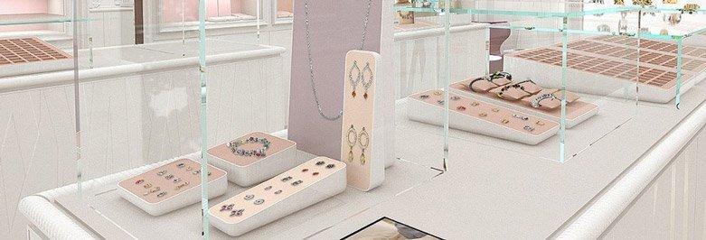 Jewelry Visual Merchandising Tips & Tricks