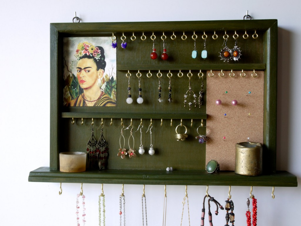 Wall Mounted Jewelry Display Cases
