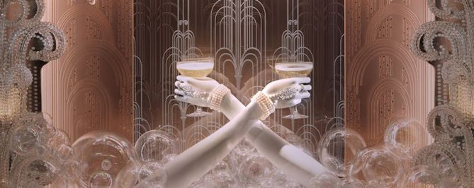 100 Jewelry Window Displays - Great Gatsby Themed Window Display