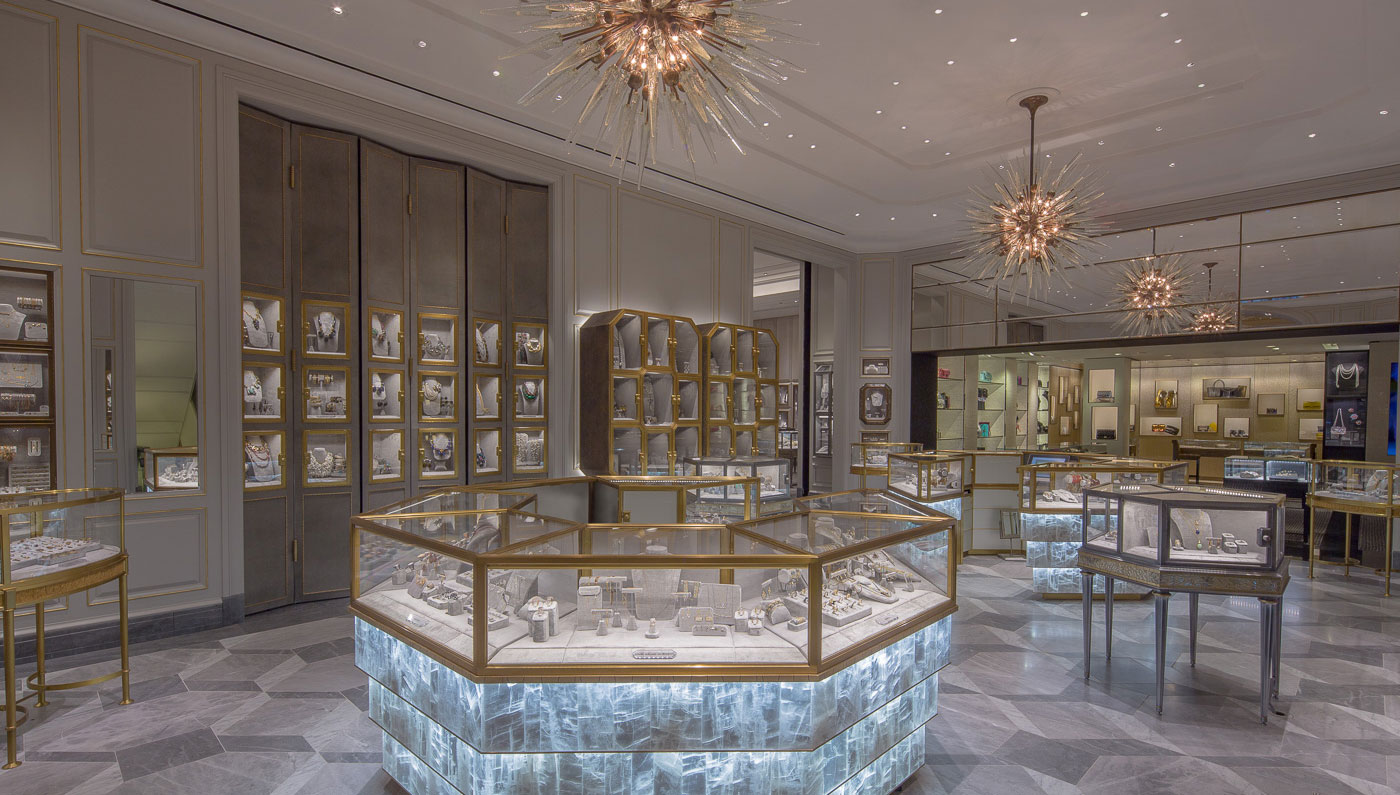Dreamy decoration and interior design, not something you would see everyday from a jewelry display setting, the Bergdorf Goodman store.