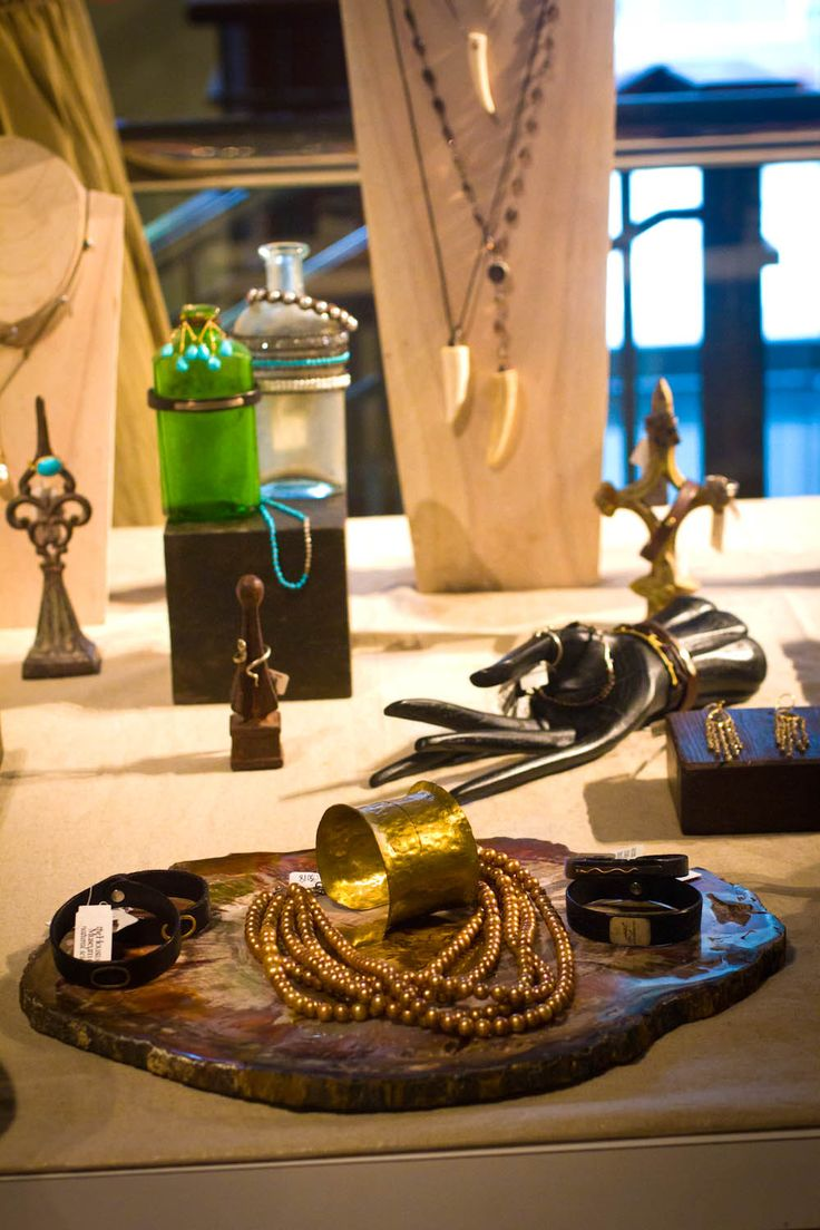 Create a story with the setting and the jewelry just like these gorgeous displays at the Rebecca Lankford trunk show.